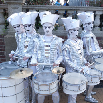 image of drummers