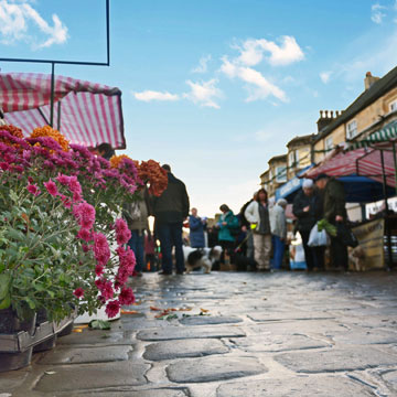 Shopping at Otley Farmers Market